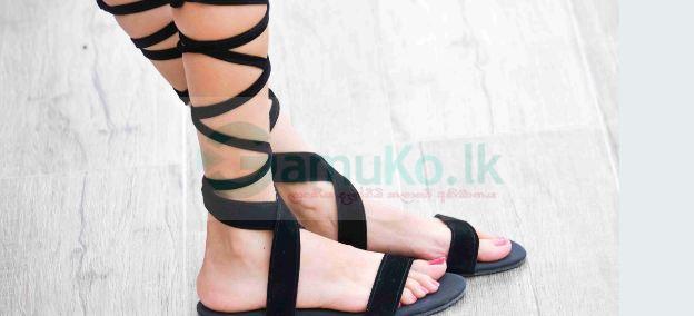 Women's Diamond Tie-Up Black Velvet