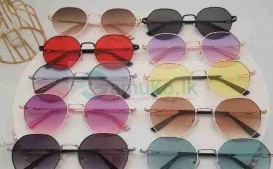 අව් කණ්ණාඩි(sunglasses)