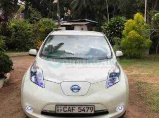 NISSAN LEAF CAR FOR SALE (2012)